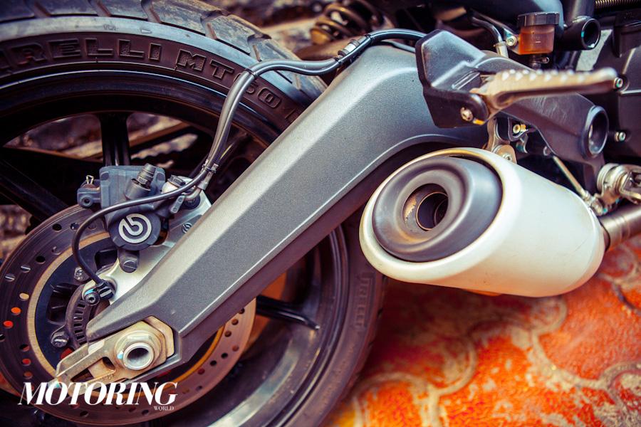 Triumph Bonneville Street Twin Ducati Scrambler Icon (9)