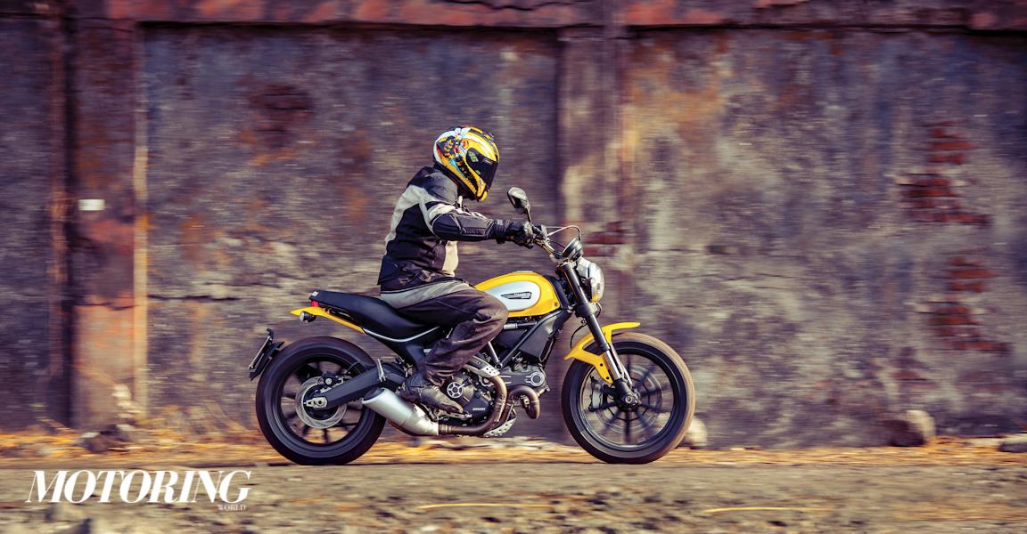 Triumph Bonneville Street Twin Ducati Scrambler Icon (23)