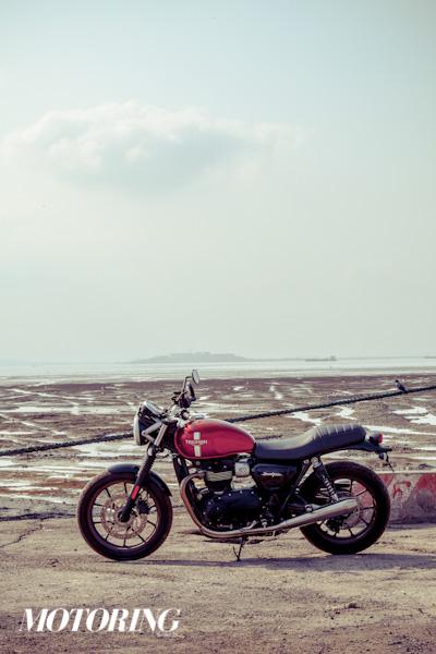 Triumph Bonneville Street Twin Ducati Scrambler Icon (25)